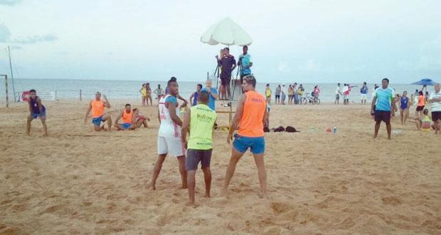 منتخب اليد الشاطئية يجري ثلاث تجارب برازيلية وقطرية