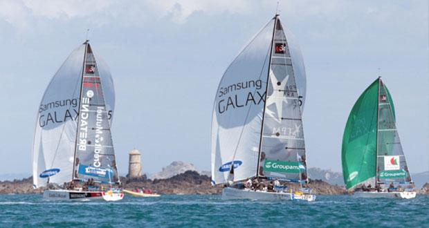 فريق عُمان للإبحار يحافظ على المركز الثالث في الطواف الفرنسي للإبحار الشراعي