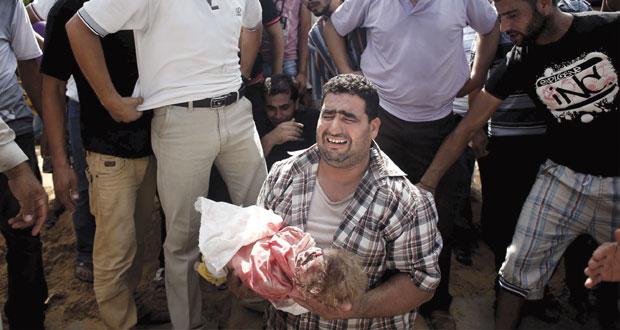 المقاومة الفلسطينية تقنص جنودا وضابطا كبيرا والاحتلال يضاعف شهداء غزة