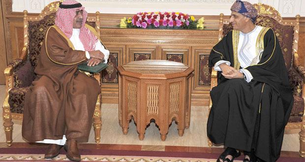 نيابة عن جلالة السلطان .. فهد بن محمود يستقبل مقرن بن عبدالعزيز ويبحثان أوضاع المنطقة