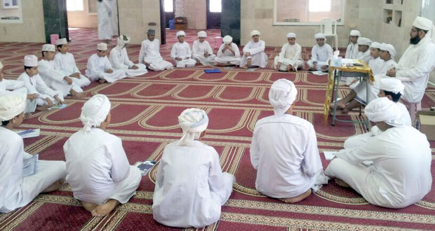 تواصل الفعاليات والمناشط بالمراكز الصيفية لتحفيظ القرآن الكريم بمحافظة جنوب الباطنة