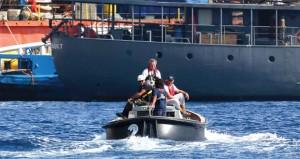 عشرات الوفيات بغرق قارب مهاجرين قبالة ساحل إيطاليا