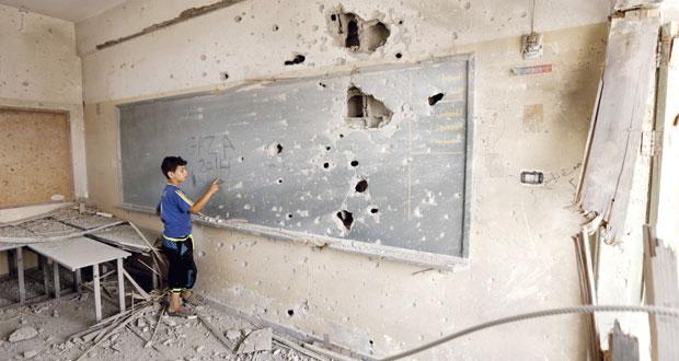 غزة تنظر للإعمار وترفض تسليم السلاح .. وتتمسك برفع الحصار