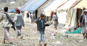 """اليمن: الحوثيون يكثفون حشودهم بصنعاء .. وهادي يدفع بـ""""الفرصة الأخيرة"""""""