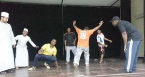 دائرة التراث والثقافة بالداخلية تنظم برنامجا تدريبيا في التمثيل والإخراج المسرحي