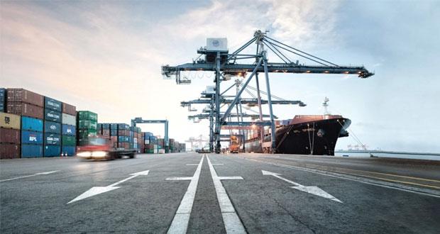 تحديات قصيرة المدى تواجه نقل الحركة التجارية من ميناء السلطان قابوس لميناء صحار