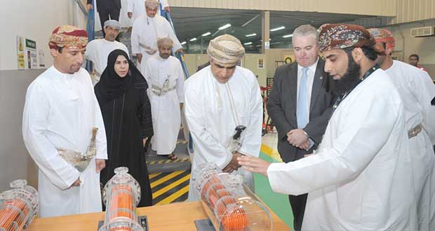 """وزير النفط والغاز يدشن مركز """"بي بي"""" للتدريب التقني بمنطقة غلا الصناعية"""