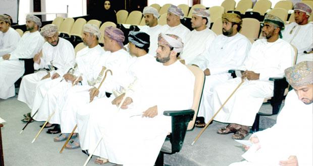 """""""عماننا أمانة"""" حلقة عمل تستعرض القوانين المنظمة لبيع وتداول الخردة"""
