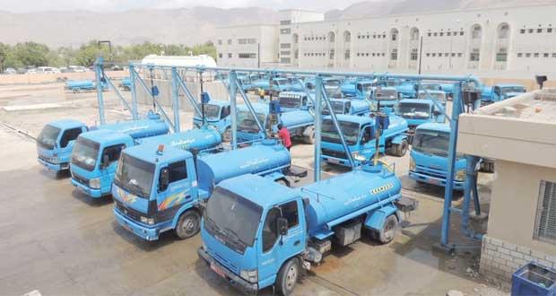 الهيئة العامة للكهرباء والمياه تنتهي من تركيب مضخة جديدة بالعامرات سعة 1000 متر مكعب فـي الساعة