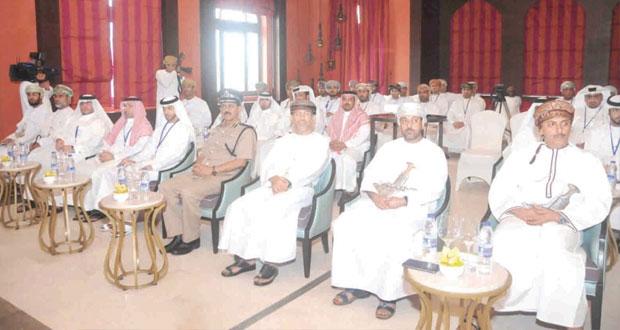 """المدعي العام يرعى افتتاح برنامج """"تطوير نظم العمل وتحسين التعامل مع الآخرين """" بمحافظة ظفار"""