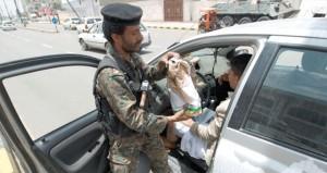 اليمن: مسلحون يخطفون ويقتلون 14 جنديا