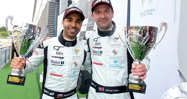 المتسابق أحمد الحارثى عينه على لقب بطولة بخوضه سباق جي تي البريطانية