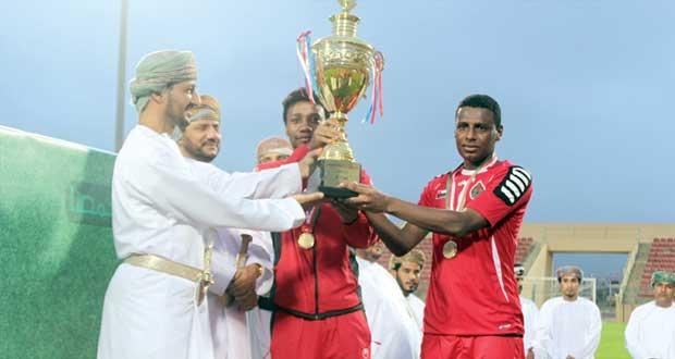 المنتخب العسكري يتوج بلقب كأس مهرجان صلالة السياحي 2014