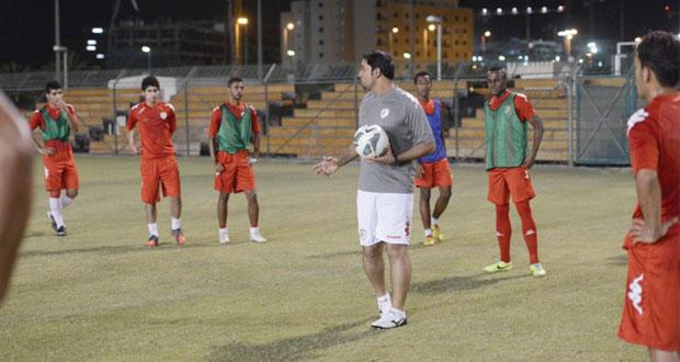 العزاني يختار 21 لاعبا فى المنتخب الأولمبى استعدادا لدورة الألعاب الآسيوية بكوريا