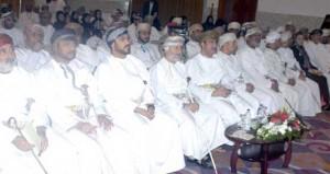 """محافظ ظفار يرعى افتتاح """" مؤتمر ضمانات المحاكمة العادلة """" الذي تنظمه جمعية المحامين"""