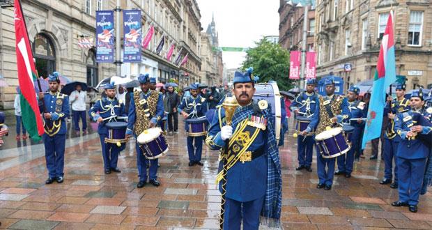 فرقة موسيقى سلاح الجو السلطاني العماني تسجل مشاركتها في البطولة الدولية للقرب في أسكتلندا