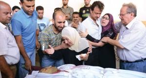 استشهاد 5 فلسطينيين وصحفي إيطالي بانفجار صاروخ من مخلفات العداون