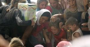 العراق: المالكي يطالب الجيش بتجنب الأزمة السياسية و(ثوار) العشائر يؤكدون أنهم على مشارف بغداد