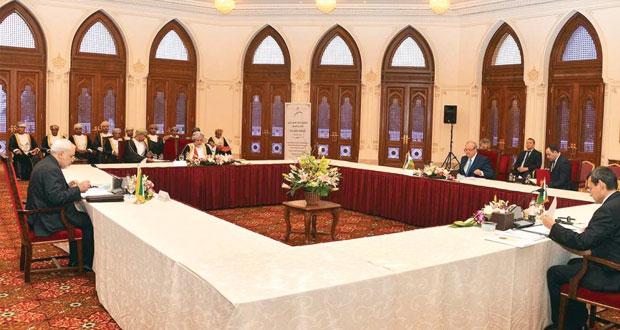 وزراء خارجية السلطنة وإيران وتركمانستان وأوزبكستان يوقعون مذكرة تفاهم لإنشاء محور دولي للنقل والعبور