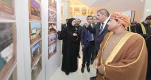 """المعرض الوثائقي بطشقند """"عمان قريبة وإن كانت بعيدة"""" يختتم أعماله وسط حضور رسمي وشعبي كبير"""