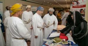 وزير التنمية الاجتماعية يرعى احتفال صحار ألمنيوم بتدشين تقرير الاستدامة لعام 2013