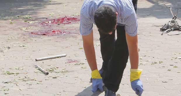 مصر: إرهابيون يغتالون شرطيين بتفجير قرب (الخارجية)