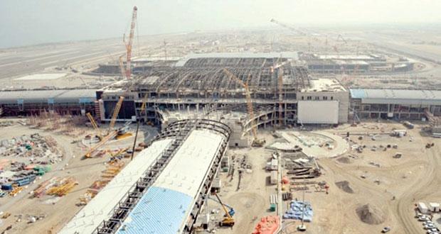 """الزعابي لـ """"الوطن الاقتصادي"""": 2015 ليس موعدا """"نهائيا"""" لافتتاح مطار مسقط الدولي الجديد"""