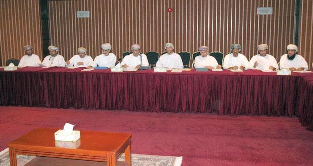 اجتماع لمناقشة المشاريع الممولة من صندوق التنمية الزراعية والسمكية