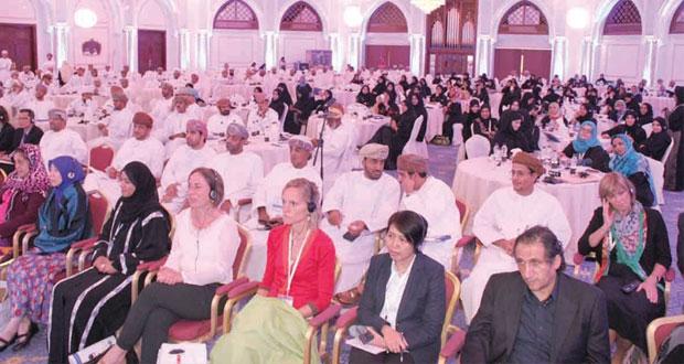 """المشاركون في فعاليات الندوة الوطنية """"التعليم لريادة الأعمال والإبتكار"""" يؤكدون على أهميتها"""