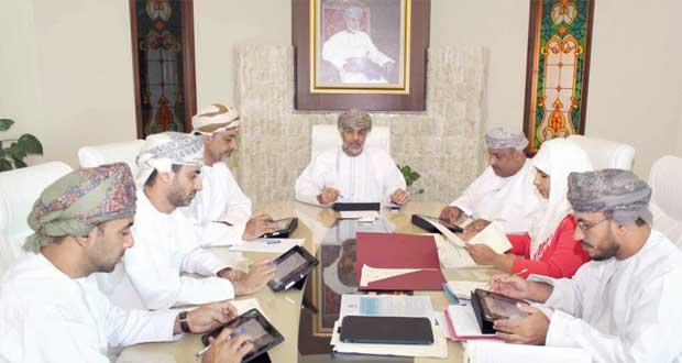 «الإسكان» تسند مشاريع إنشاء وحدات سكنية بأكثر من «290» ألف ريال عماني بمسقط وجنوب الشرقية
