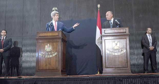 كيري يرى مصر خطا أماميا لمكافحة الارهاب وشكري يتحدث عن دعم العلاقات