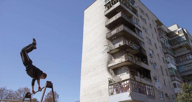 أوكرانيا تستأنف مفاوضات السلام على وقع تبادل الاتهامات
