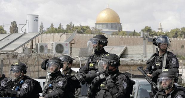 الاحتلال يمنع آلاف الفلسطينيين من الصلاة في الأقصى وقواته تقمع مسيرات الضفة