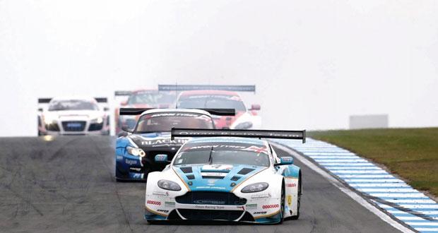فريق عمان لسباقات السيارات يبحث عن نهاية سعيدة في بطولة بلانك الأوروبية