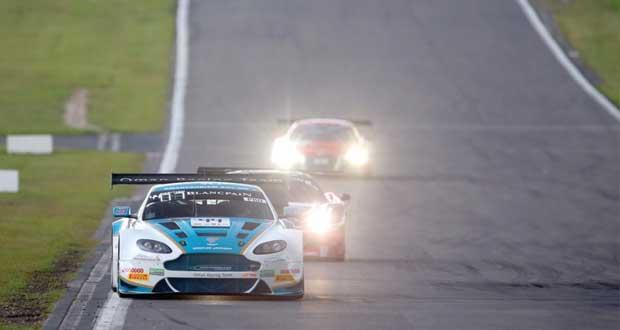 فريق عمان لسباقات السيارات يحقق أفضل مركز في التأهيلات ببطولة بلانك بان الأوروبية