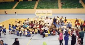 382 طالبا وطالبة يمثلون 37 مدرسة في مهرجان ألعاب القوى للبراعم