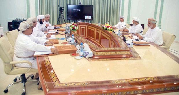 مجلس أمناء كلية العلوم الشرعية يثمن المرسوم السلطاني بإنشاء الكلية