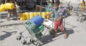 مئات الفلسطينيين في غزة يلجأون لحفر الآبار لسد حاجاتهم من المياه