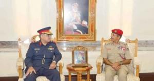 النبهاني يستقبل رئيس هيئة التعليم العسكري بالكويت