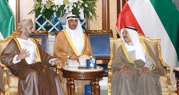 أمير الكويت يستقبل رئيس مجلس الشورى