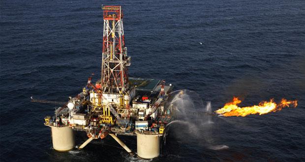 «الوطن الاقتصادي» يرصد آراء المحللين والمراقبين حول تراجع أسعار النفط لمستوى 88 دولارا