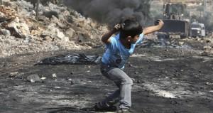 """عباس يوجه الفلسطينيين بمنع المستوطنين من الأقصى """"بأي طريقة كانت"""""""