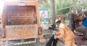 نقل مخلفات أضاحي العيد وحملات نظافة عامة وتفتيش وفعاليات ترفيهية وتوعوية بولايات المحافظات