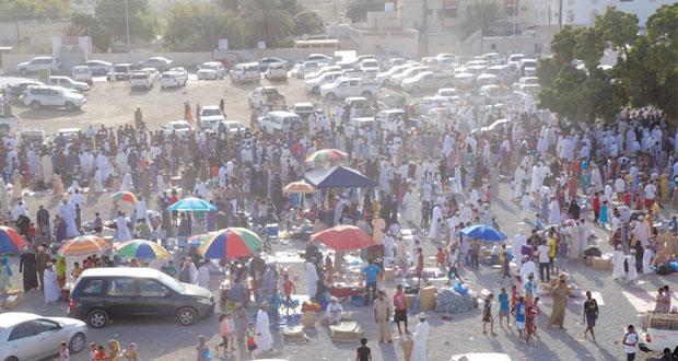 إقبال شهدته هبطات عيد الأضحى بمختلف ولايات السلطنة