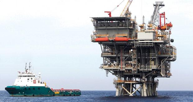 أسعار النفط تواصل تسجل تراجع بنسبة تقارب 21% من يونيو وحتى 13 الجاري