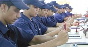 رئيس الاتحاد العام لعمال سلطنة عمان لـ(الوطن الاقتصادي):تعديلات قانون العمل نهاية العام الجاري