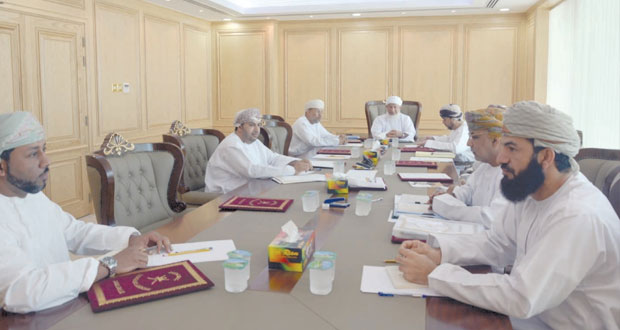 اسحاق البوسعيدي يترأس اجتماع رؤساء الادارات العامة لمجلس الشؤون الادارية للقضاء