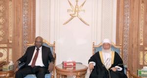 الوفد القضائي السوداني يغادر السلطنة