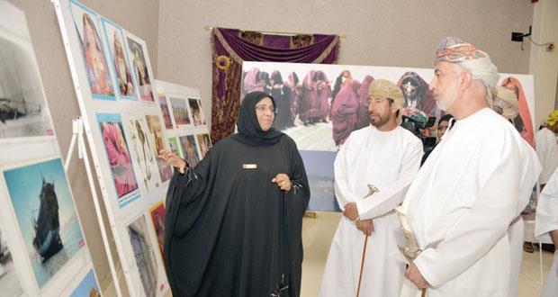 وزير التنمية الاجتماعية يرعى احتفال جمعية المرأة بصور بمرور 30 عاما على إنشائها