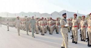 الاحتفال بتخريج دفعة جديدة من الجنود المستجدين بالجيش السلطاني العمانــي